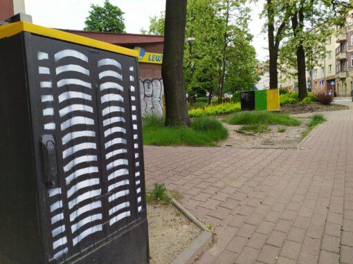 Moderna na skrzynkach – Mikołowska przy Lewiatanie
